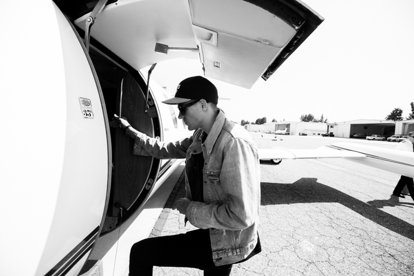 005-2016_G_Eazy_When_Its_Dark_out_tour_stage_coach_imported_April_16234A9688