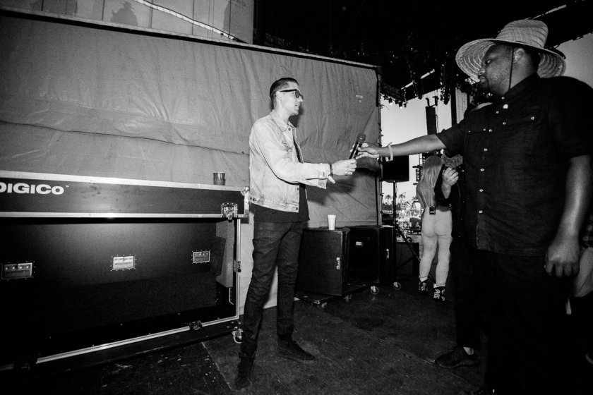 034-2016_G_Eazy_When_Its_Dark_out_tour_stage_coach_imported_April_16234A0076