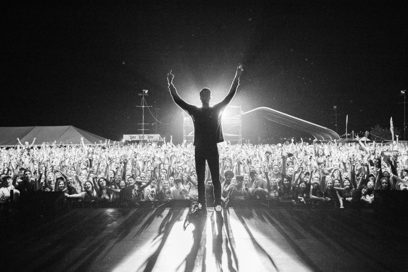 015-2016_G-Eazy_Endless_Summer_Tour_Phillidelphia_imported_August_16234A6839
