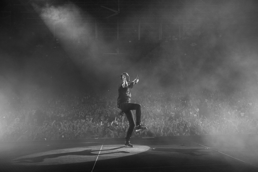 021-2016_G-Eazy_Endless_Summer_Tour_Bristol_VA_imported_August_16234A9800